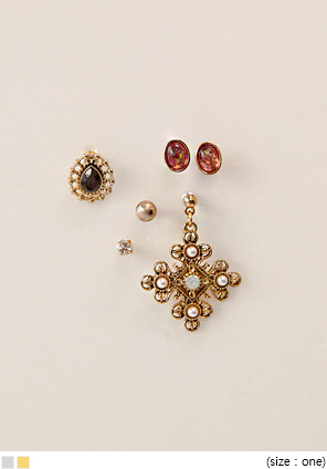 [JEWELRY] ANTIQUE 5 TYPE EARRING SET