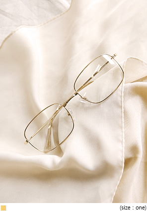 [ACC] MOTTE GOLD SQUARE GLASSES