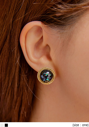 [JEWELRY] GLEE SHELL CIRCLE EARRING