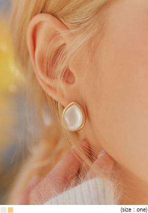 [JEWELRY] TIPIA WATER DROP EARRING