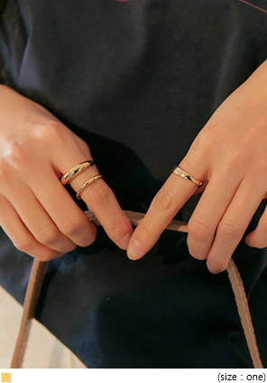[JEWELRY] BOLIA GOLD LAYERED RING 3 SET