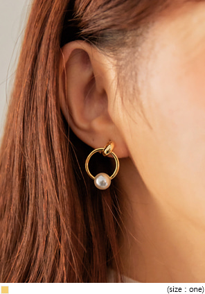 [JEWELRY] CERTA PEARL DROP RING EARRING