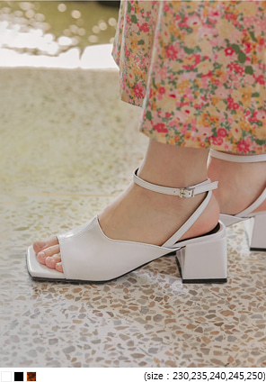 [SHOSE] STAR SQUARE MIDDLE HEEL