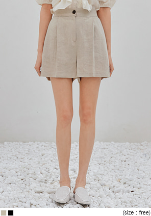 [BOTTOM] NATURAL PINTUCK LINEN SHORTS