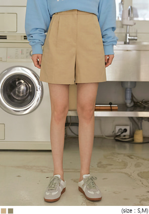[BOTTOM] REVER PINTUCK COTTON SHORTS