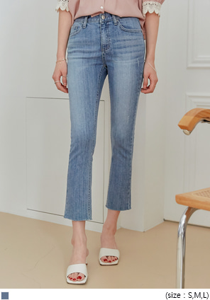 [BOTTOM] CAN CUTTING STRAIGHT DENIM PANTS