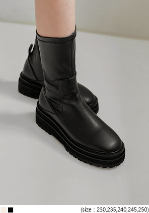 [SHOES] BOSTER CHUNKY ANKLE BOOTS