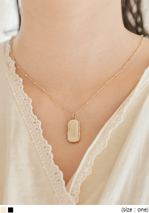 [JEWELRY] TINING SQUARE PENDANT NECKLACE