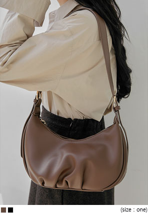 [BAG] MINAO LEATHER SHOULDER BAG