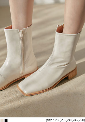 [SHOES] WOOD HEEL SQUARE ANKLE BOOTS